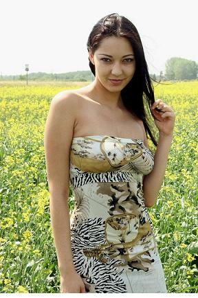 Cumisha-Jones-13