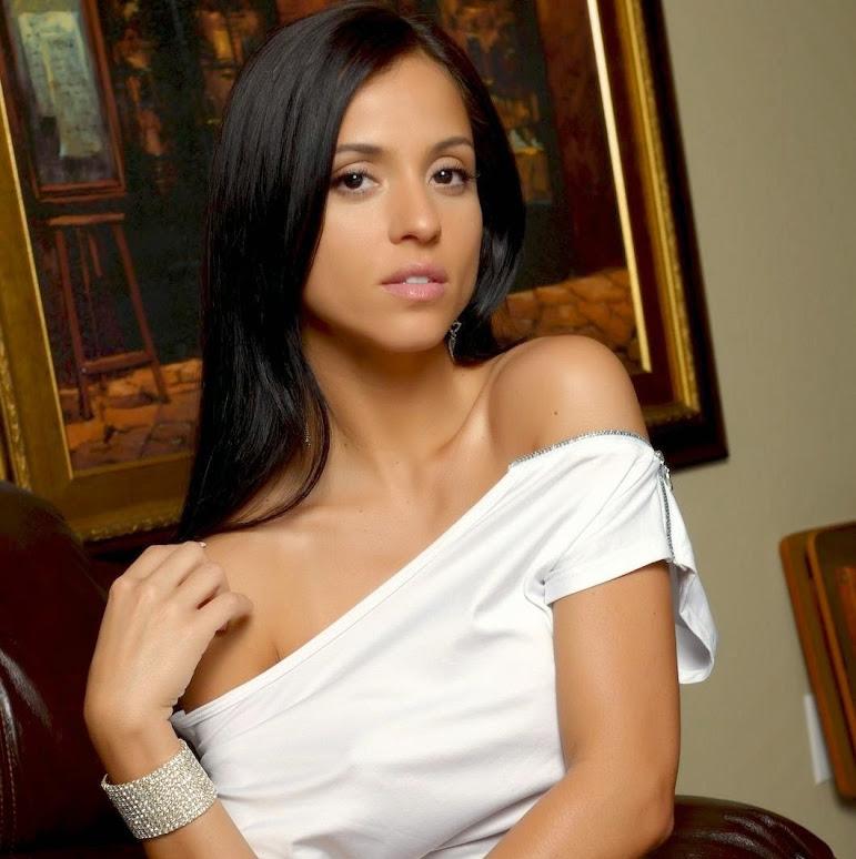 Janessa Brazil-21
