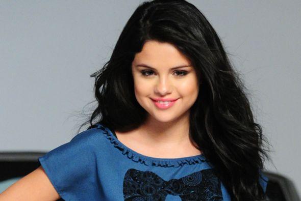 Selena-Gomez-29
