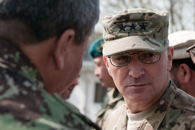 Gen-Curtis-Mike-Scaparrotti-16