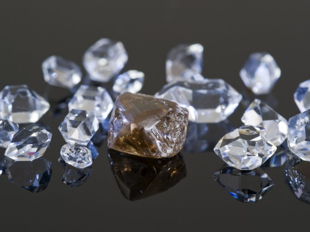 Financial-Fraud-Group-Of-Twelve-Charged-For-Role-in-Fraudulently-Obtaining-Millions-of-Dollars-in-Virtually-Untraceable-Diamonds-1024×768