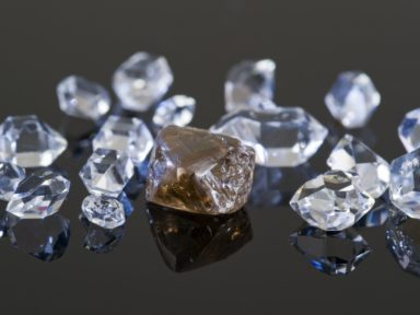 Financial-Fraud-Group-Of-Twelve-Charged-For-Role-in-Fraudulently-Obtaining-Millions-of-Dollars-in-Virtually-Untraceable-Diamonds-384x288
