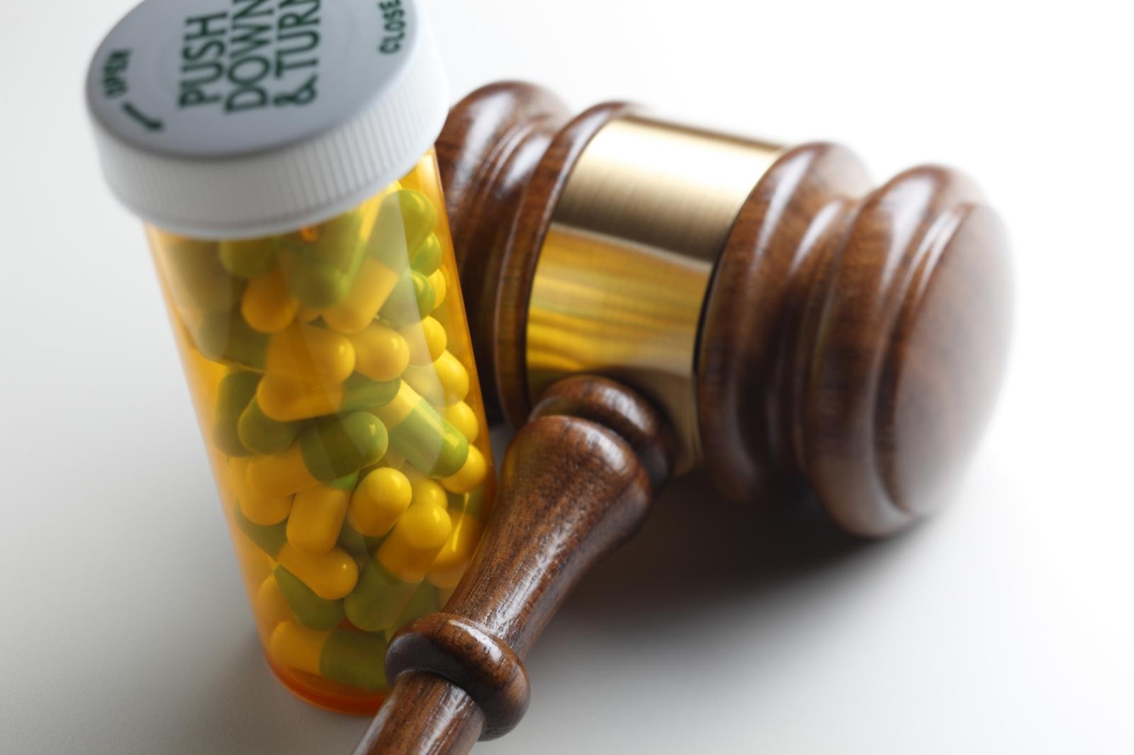 """Medicare Scam: Rhine Drug Company and Andrew """"Carter"""" Clements, Jr. Agreed to Pay to Resolve False Claims Act"""